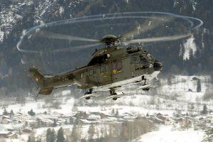 Šveicarijos kalnuose sudužo armijos sraigtasparnis
