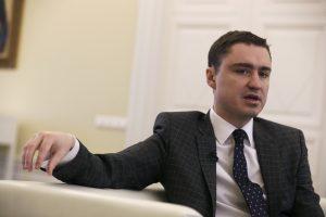 Palikdamas postą Estijos premjeras ragina nutraukti ryšius su Rusija