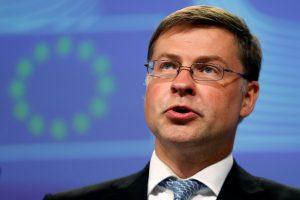 Komisaras: Britanijai palikus bendrą rinką Londono bankams kyla rimta grėsmė