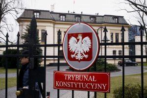 Į kalėjimą pateko politikų pokalbius įrašinėję lenkai