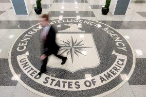 """Baltieji rūmai žeria kritiką CŽV dėl """"WikiLeaks"""" veiksmų"""