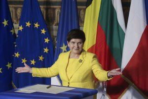 Lenkijos premjerės komentarai Aušvice sulaukė kritikos