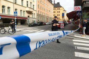 Stoholme peiliu subadytas policininkas, užpuolikas sulaikytas