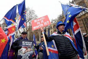 """M. Barnier: Europos Sąjunga turi būti pasirengusi bet kokiems """"Brexit"""" scenarijams"""