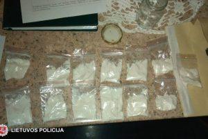 Šiaulietis bus teisiamas ir už vertimą vartoti narkotikus