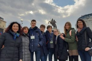 Su skirtingų kultūrų atstovais moksleiviai susitiko Makedonijoje