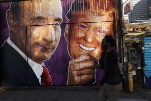 Dėl kišimosi į JAV rinkimus – naujos sankcijos Rusijai