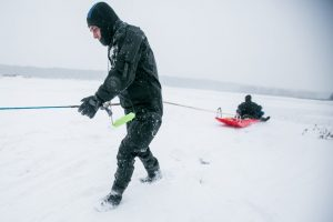 Gelbėtojai stveriasi už galvų: gyventojai vos ne kasdien bando likimą ant ledo