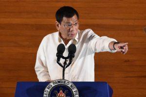 Filipinų prezidentas apie JAV ambasadorių: jis – gėjus ir kalės vaikas