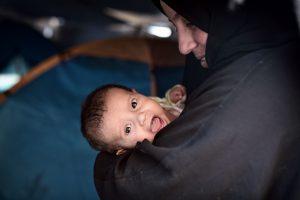 Italijos gelbėjimo laive kūdikių susilaukė trys migrantės