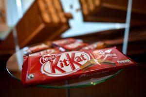 """Saldžios naujienos: """"Nestle"""" mažins cukraus kiekį šokolade"""