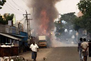 Indijoje per sprogimą fejerverkų fabrike žuvo 20 darbininkų