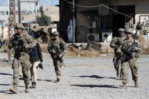 Sprogus savadarbiam užtaisui Sirijoje žuvo JAV karys