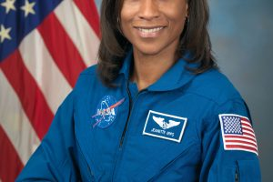 Pirmąkart NASA istorijoje: į kosminę stotį vyks afroamerikietė