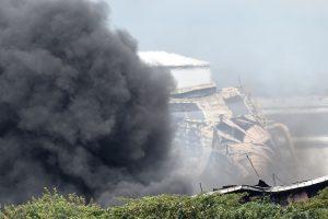 Per gaisrą Filipinų gamykloje nukentėjo daugiau kaip 120 žmonių