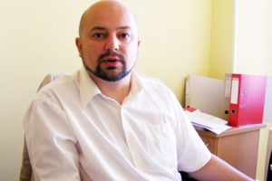 Nuo pareigų prašoma nušalinti įkliuvusį Šiaulių savivaldybės tarnautoją