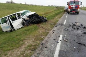 Netoli Alytaus – vilkiko ir mikroautobuso avarija