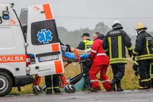 Savaitgalį šalies keliuose sužeista beveik 40 žmonių