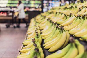 Specialistai įspėja: netrukus galime atsisveikinti su bananais