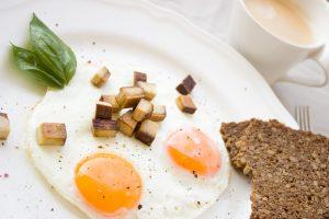 Pagalba širdžiai – suvalgyti po kiaušinį kasdien