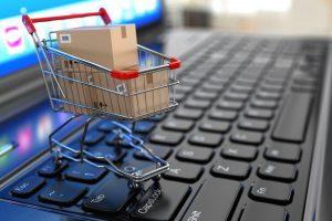 Kauno pareigūnai išaiškino internetu bendrovę siekiančius apmauti sukčius