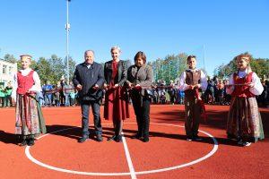 Po rekonstrukcijos atidarytas Ežerėlio stadionas