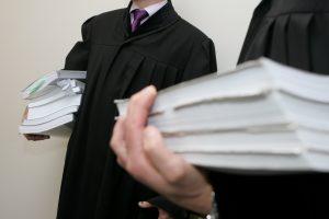 Stambaus masto sukčiavimo byla: teisme – 38 kaltinamieji