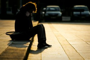 Sugėrovai apvogė epilepsijos ištiktą vaikiną