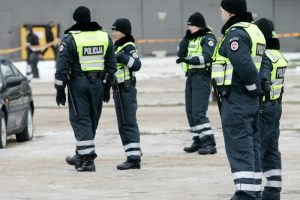 Policija tiria, kas konflikto metu sulaužė kauniečio akinius (ieškomi liudininkai)
