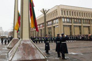 Koplytstulpio prie Seimo iniciatoriai: laukiame kitos miesto valdžios