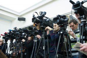 Išaugęs nepasitikėjimas žiniasklaida – kritikos valdantiesiems pasekmė?