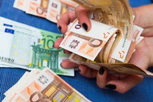 Lietuvoje daugėja sustabdytų įtartinų mokėjimo operacijų