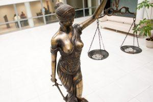 Prieš žmoną smurtavęs 80-metis užsidirbo teistumą