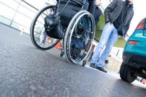 Vyriausybė gerins neįgaliųjų integraciją: numatoma asistento paslauga