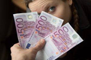 Iš Radviliškio globos namų auklėtiniai pavogė per 2 tūkst. eurų