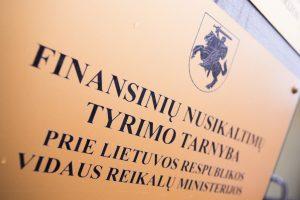 Bendrovės direktoriui – įtarimai dėl 36 tūkst. eurų nelegalių pajamų