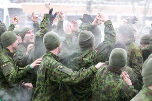 Sutrikus 24 šauktinių sveikatai Vaidoto batalione – higienistų patikrinimas