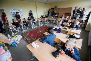 Valstybės kontrolė išsiaiškino, kodėl mokinių rezultatai negerėja