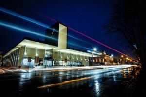 Kauno autobusų stotis kviečia žiūrėti kiną