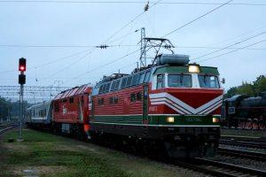 Į Lietuvą atvažiavo pirmasis elektrinis keleivinis traukinys