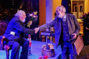 85-ąjį gimtadienį pažymėjusiam V. Paukštei – publikos dėkingumas