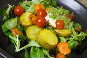 Mėgaukimės bulve be sąžinės graužaties (sveiki receptai)
