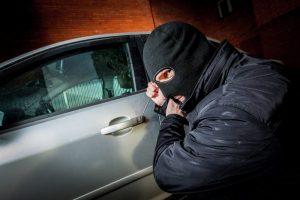 Stambi vagystė pakaunėje: iš neužrakinto automobilio nugvelbė 12 tūkst. eurų