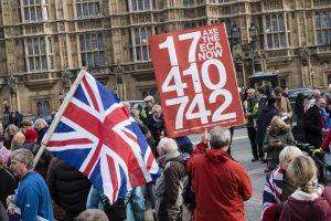 """Nauji """"Brexit"""" iššūkiai: gresia teisinė kova dėl bendrosios rinkos"""