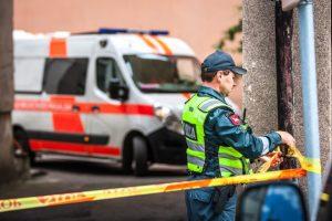 Vilniuje žuvo pro langą iškritęs vyras