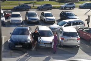 """Po """"Kauno dienos"""" publikacijos sulaukė teisingumo: BMW vairuotojui – bauda"""