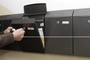 Nuo rugpjūčio korespondencija pasieks tik tvarkingas laiškų dėžutes