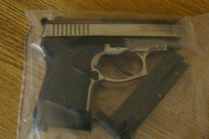 Klaipėdoje pradėtas ikiteisminis tyrimas dėl neteisėtai laikomo ginklo