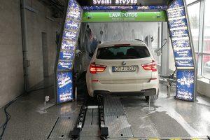 Klaipėdiečiai kviečiami automobilius plauti nemokamai