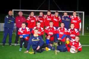 """Trečiosios vietos taurė įteikta """"Futbolo mokyklos"""" auklėtiniams"""